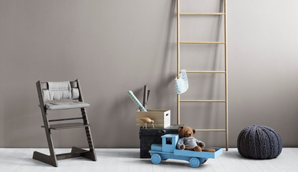 stokke klassiker mit neuen farben und accessoires. Black Bedroom Furniture Sets. Home Design Ideas