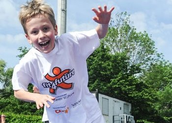 fit-4-future Kids Day: 500 Kinder hpfen fr starke Knochen