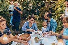 Family-Challenge: 4. Mit Familie und Freunden den 1. August feiern