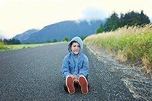 Ein Kind, das quengelt, will seine Eltern nicht nerven