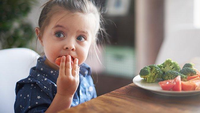 Warum vegane Ernährung Kinder krank machen kann