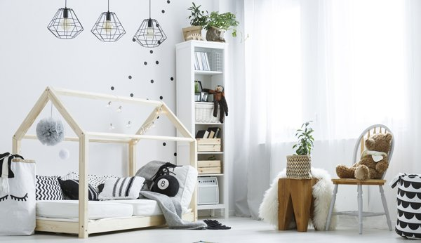 kinderzimmer gestalten wie sie in einem schwierigen raum ein sch nes kinderzimmer einrichten. Black Bedroom Furniture Sets. Home Design Ideas
