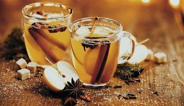 Weihnachtsgetränke: 4 alkoholfreie Punsch-Rezepte für Kinder