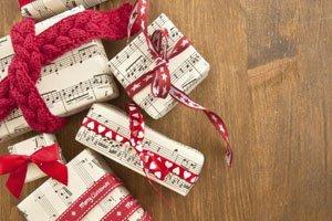 pr sente ohne geschenkpapier weihnachtlich verpacken. Black Bedroom Furniture Sets. Home Design Ideas