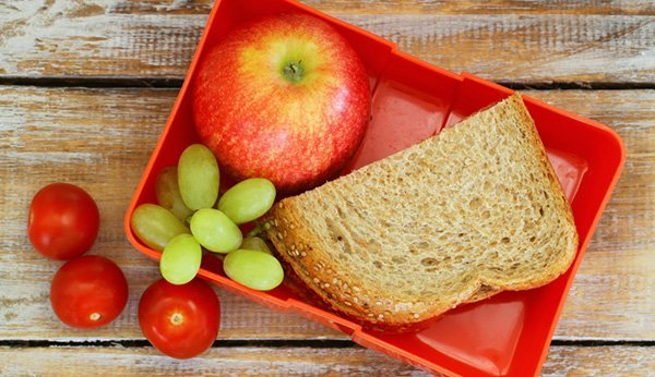 Take healthy food with you on long journeys