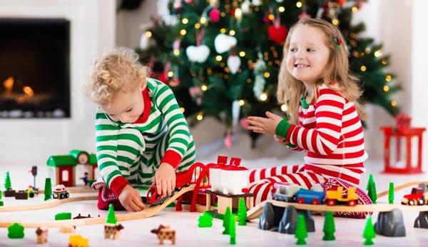 Geschenkideen: Weihnachtsgeschenken, die Kinder an Heilig Abend sofort nutzen können