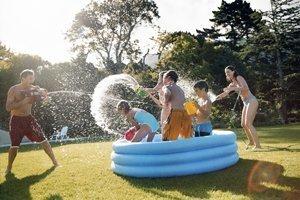 Ideen für Wasserspiele in Planschbecken und Co