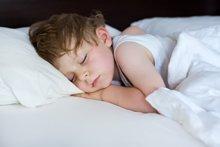 Warum Kleinkinder einen Mittagsschlaf halten sollten