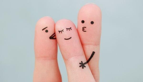 Eine offene Beziehung bedingt offene Kommunikation aller Beteiligten.