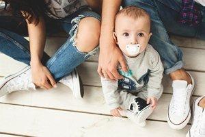 familien ratgeber f r eltern zu schwangerschaft baby erziehung. Black Bedroom Furniture Sets. Home Design Ideas