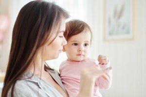Die ersten Wörter des Babys: Wie Kinder sprechen lernen