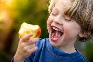 Brainfood für Kinder: Lebensmittel für geistige Fitness