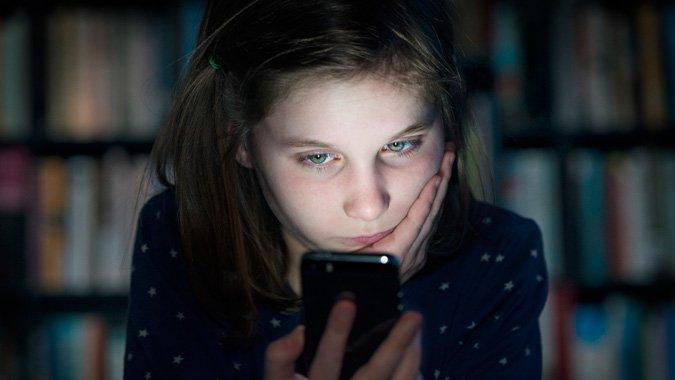 Cybermobbing: Erste Erfahrungen kommen mit dem ersten eigenen Handy