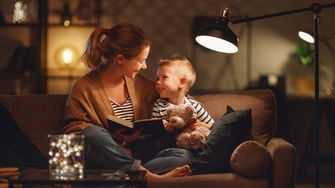 Kinder ins Bett bringen: Fünf Tipps, wie es stressfrei klappt