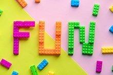 10 Lernspiele für Kinder, die Spass und schlau machen