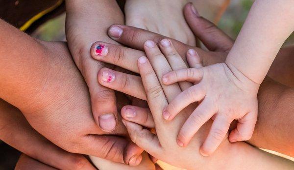 Wie Kinder Sich Das Nägelkauen Wieder Abgewöhnen