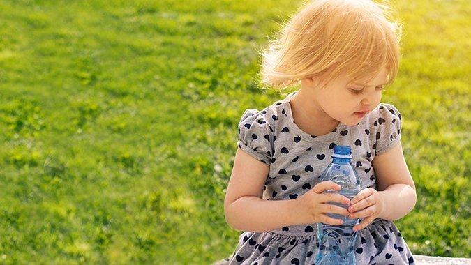 Plastik sparen im Familienalltag: 5 einfache Tipps für weniger Kunststoff