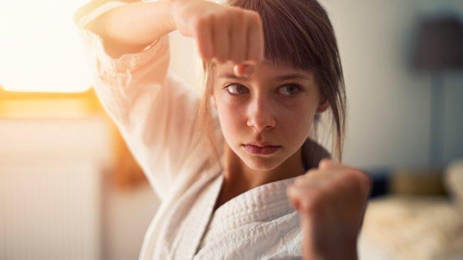 Im Selbstverteidigungskurs lernen Kinder mehr als Kämpfen