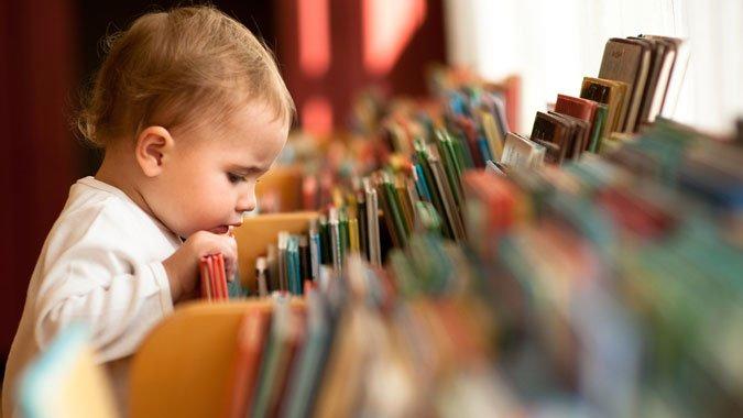 So fördern Sie die Sprachentwicklung Ihres Kindes im Alltag