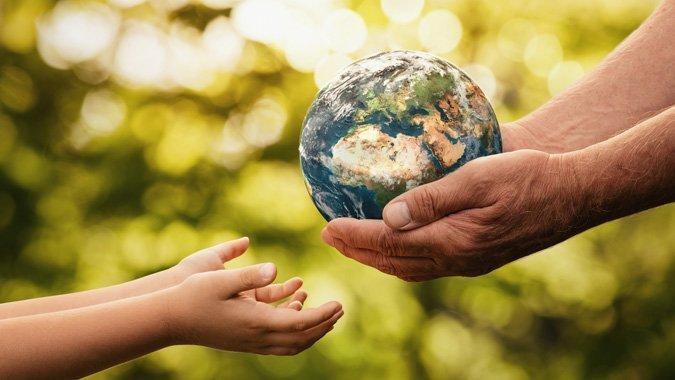 Weil wir nur eine Welt haben: So sprechen Sie mit Ihrem Kind über Umweltschutz